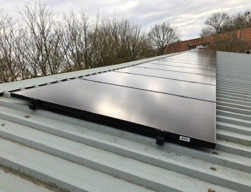 Afbouw salderingsregeling definitief: eigenaar zonnepanelen mag vanaf 2023 jaarlijks 9 procent minder salderen.